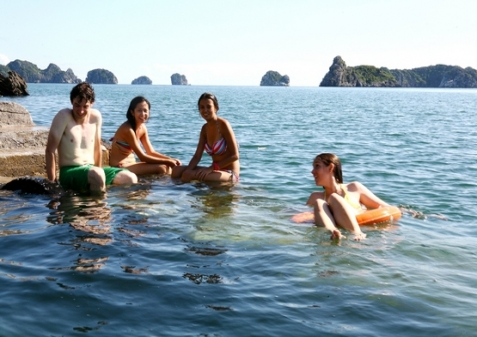 Swimming at Monkey Island Resort1