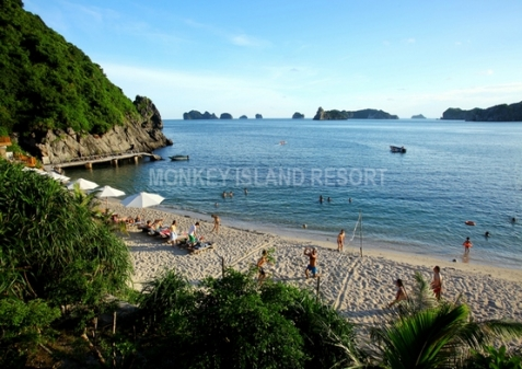 Activities at Monkey Island Resort beach